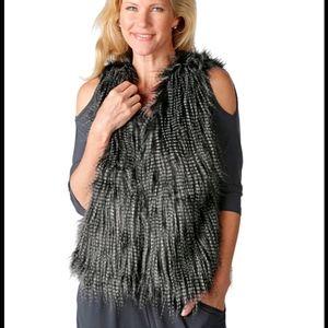 NWT Kim & Co Faux Fur Vest